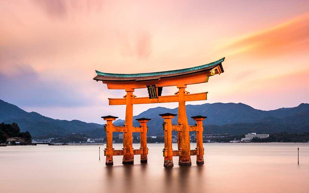 ศาลเจ้ากลางทะเล อิสึกุชิมะ แห่งเกาะมิยาจิมะ (Miyajima Itsukushima Shrine) ที่ญี่ปุ่น